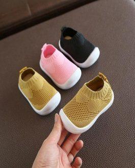 Chaussures En Maille Pour Enfant